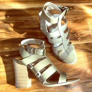 American Eagle thick heel sandals